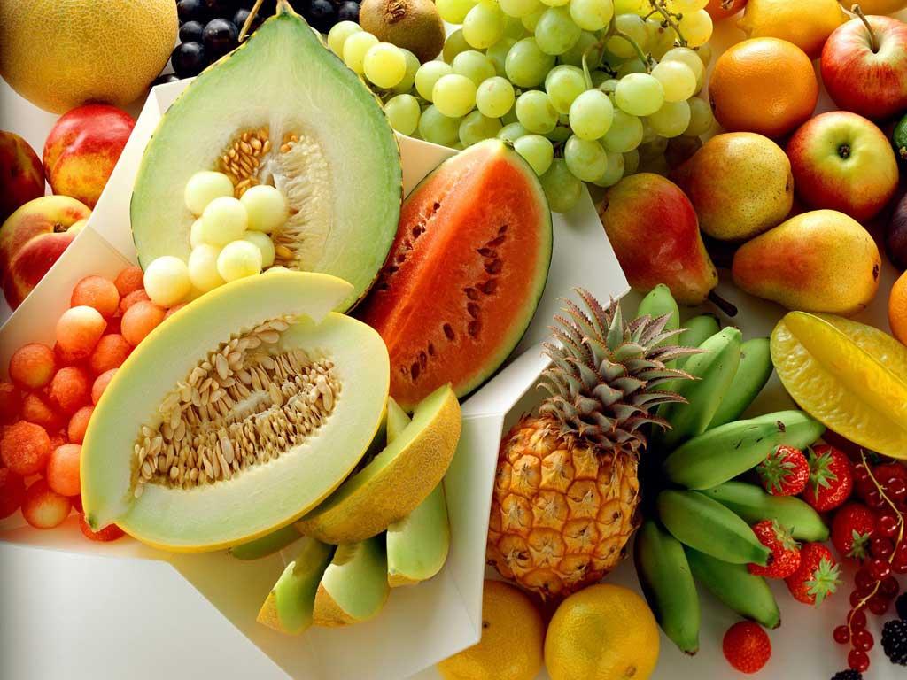 Saladas? Frutas?