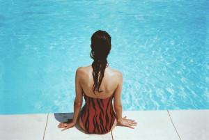 Cabelos sol e piscina